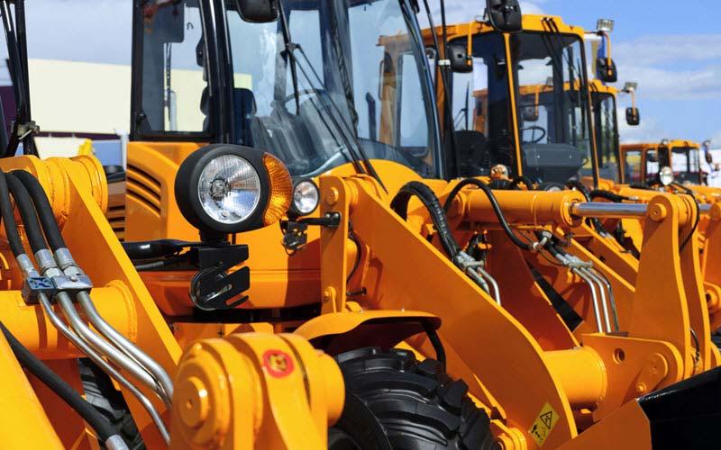 Tractors Excavators Bulldozer - SIPMM